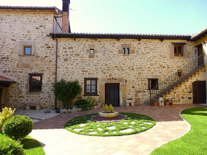Palacete casa se orial en venta monta a palentina lan ois doval - Casas rurales montana palentina ...