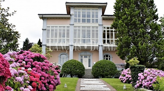Asturias. Casa de Indianos a la venta. Sevares, Piloña.