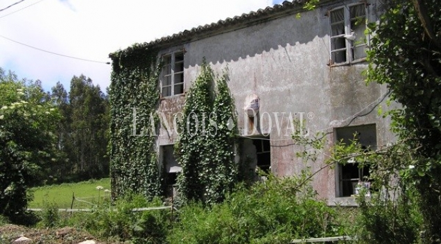 Lendo. A Coruña. Casa de piedra a rehabilitar