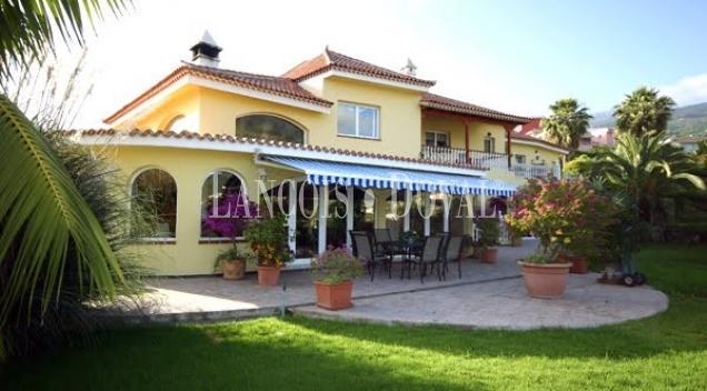 Los Realejos. Tenerife. Villa y finca en venta.