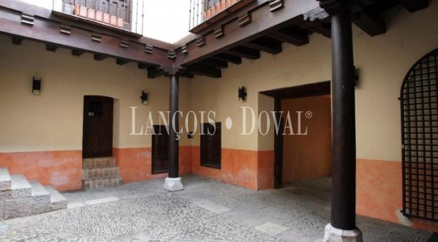 León. Palacio en venta o alquiler ideal hotel con encanto y restaurante.