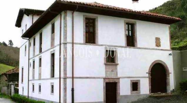 Casa rural en venta. Antiguo convento. Cangas de Onís. Asturias.
