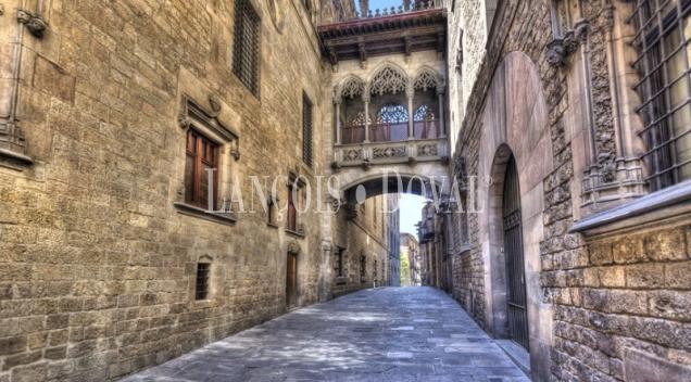 Barcelona. Barrio Gótico. Palacio en venta. Edificio en Ciutat Vella.