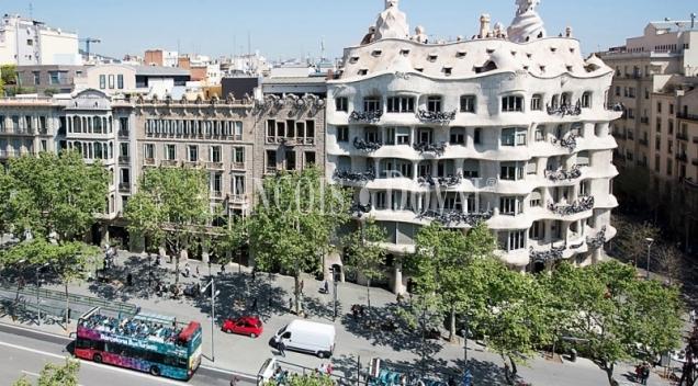 Piso de lujo en venta. Passeig de Gracia. Pedrera. Barcelona.