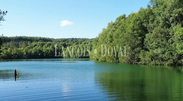Proyecto turístico sostenible precisa socio inversor. Lugo. Lagos de Lousada.