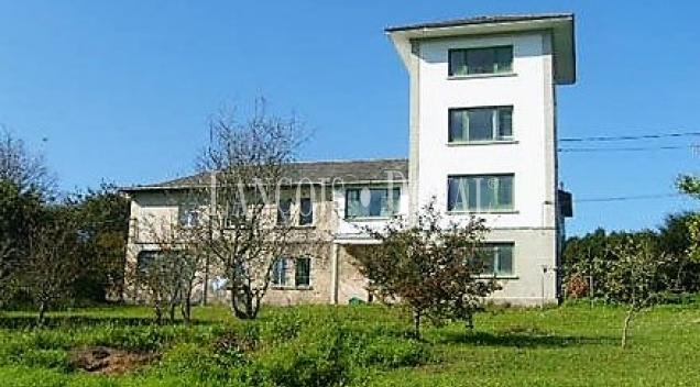 Mohías. Ortiguera. Casa en venta ideal alojamiento rural. Concejo de Coaña. Asturias