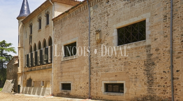 Finca en venta ideal residencia geriátrica. Girona propiedades históricas.