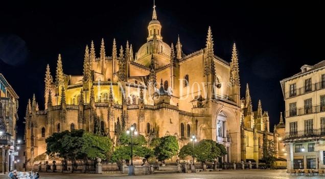 Pisos y casas singulares en venta en el casco histórico de Segovia