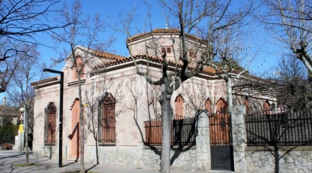 Cardedeu. Singular casa en venta obra del arquitecto modernista Raspall.