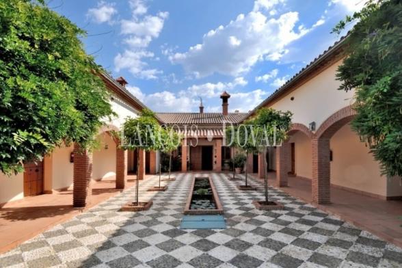 Hotel Boutique Rural en venta. Parque Natural de Aracena. Huelva