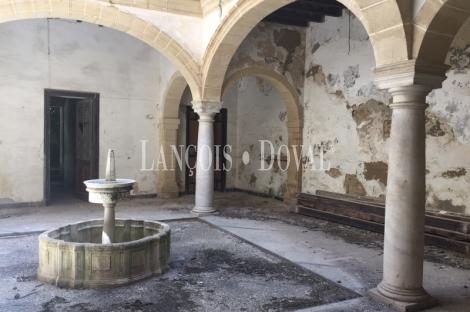 Palacio para rehabilitar. El Puerto de Santa María. Cádiz.