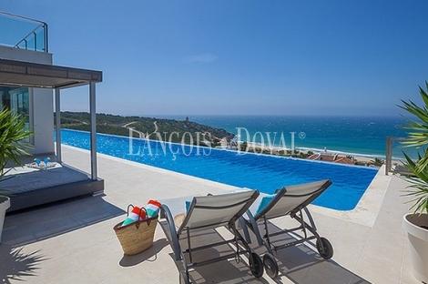 Villa en venta.  Zahara de los Atunes. Vistas al mar