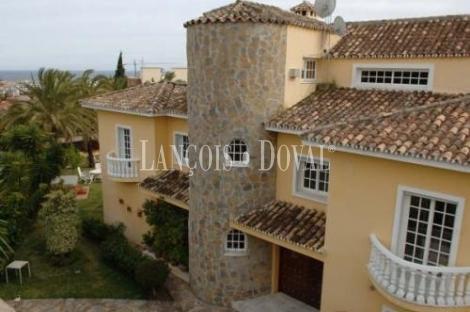 Preciosa Villa en Puerto Banús, Marbella, Málaga.