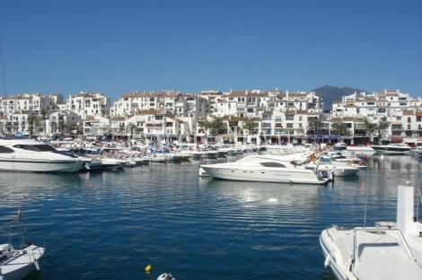 Puerto Banus. Apartamento en Venta. Marbella. Costa del Sol.