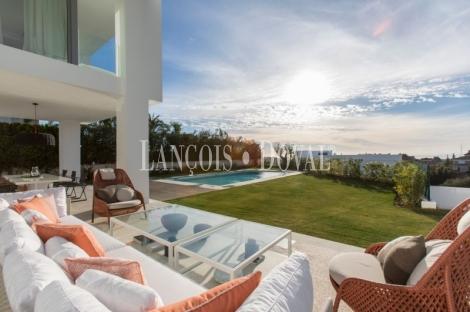 Marbella. Venta villa de diseño moderno y exclusivo. Costa del Sol.
