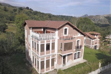 Asturias. Venta casa de indianos a reformar. Fios, Concejo de Parres.