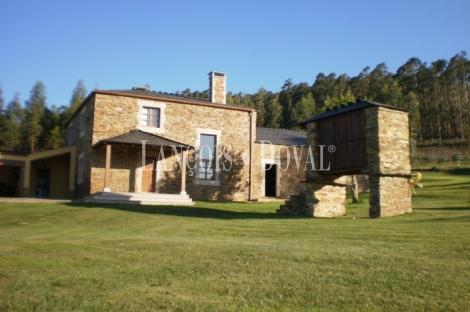 Casa de piedra en venta barreiros lugo casonas y caserios - Casas de madera en galicia baratas ...