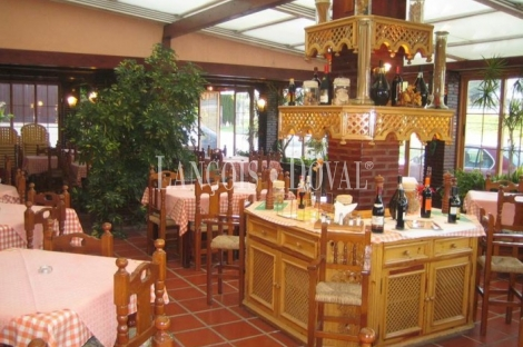 Estepona. Málaga. Discoteca restaurante pizzería en venta o alquiler