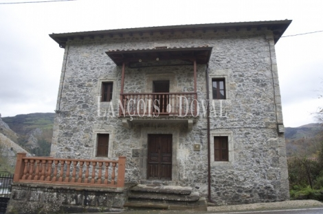 Mirones. Cantabria Casona en venta