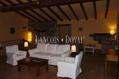 Beget. Girona Masía casa rural en venta.