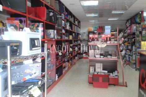 Negocio de material de oficina en venta barcelona distrito 22 for Material oficina barcelona