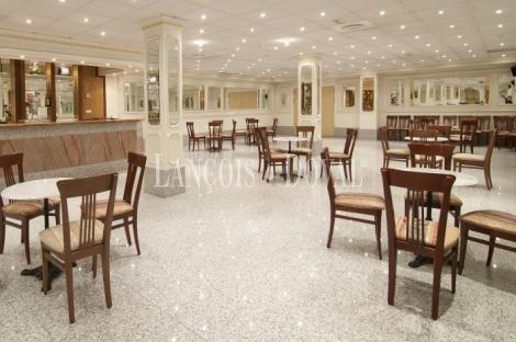 Alcalá de Henares. Madrid. Edificio banquetes, eventos y celebraciones en venta.