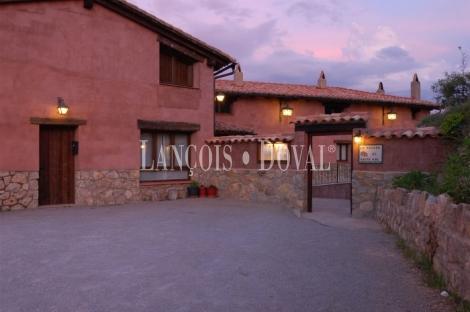 Tramacastilla. Teruel. Hotel rural en venta.