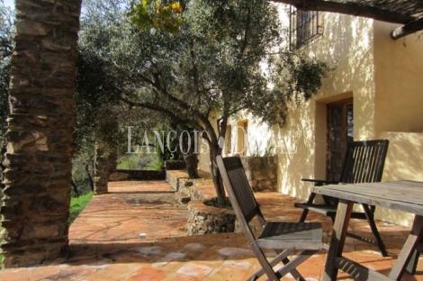 Alfornon. Granada. Cortijo y casa rural en venta.