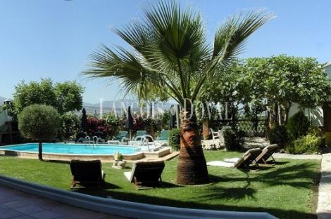 Granada. Hotel con encanto en venta.