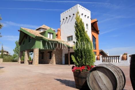 Dílar. Granada. Hotel rural restaurante en venta.