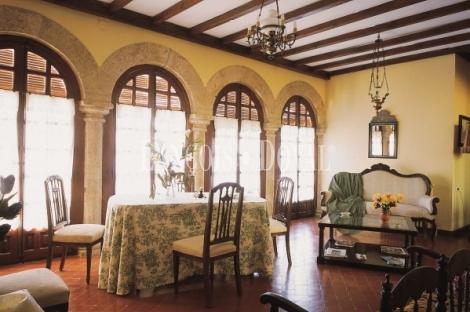 Pajares de la Lampreana. Zamora. Casa Palacio en venta.