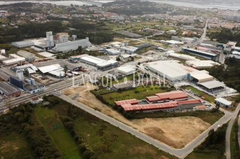 Narón. Ferrol. A Coruña. Suelo industrial comercial en venta.