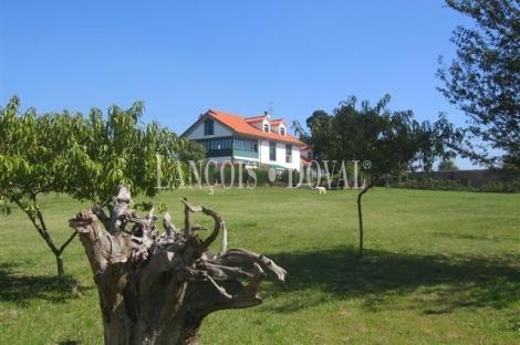 Oviedo. Casa señorial en venta. Biedes. Concejo de las Regueras.  Asturias.