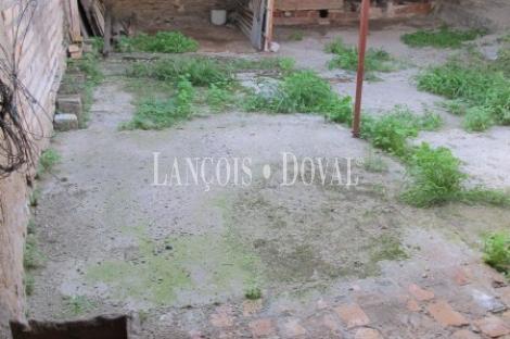 Molino a rehabilitar ideal loft o local. Salteras. Sevilla.
