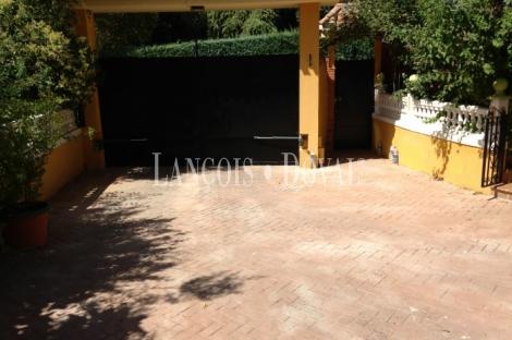 Alhendín. Chalet alto standing en venta. Granada