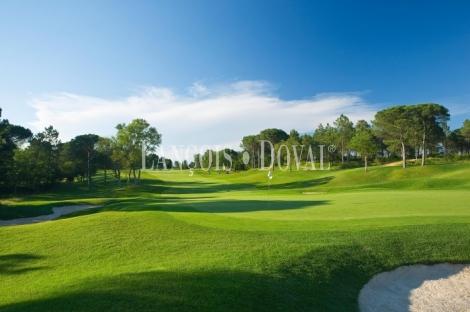 Vivir en el golf. Girona. Costa Brava.