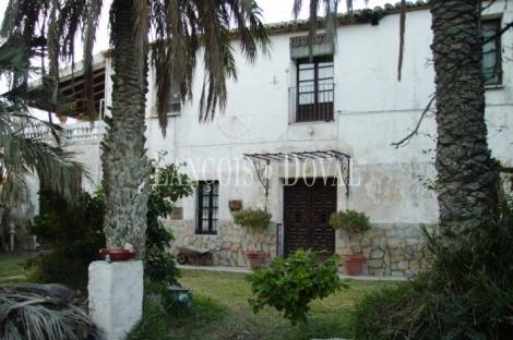 Alicante. Finca y masía en venta. Sant Vicente del Raspeig.