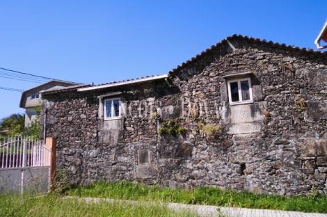 Oia. Torroña. Pontevedra. Finca y casa rural en venta