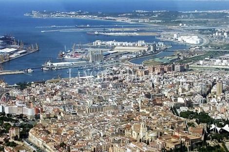 Edificio industrial en rentabilidad en venta. Tarragona