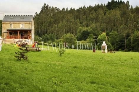Castropol. Casa rural típica asturiana en venta. Asturias.