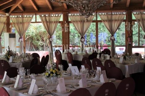 Traspaso restaurante eventos y celebraciones. Mairena del Aljarafe. Sevilla.