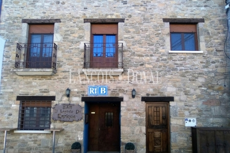 Parque natural Arribes del Duero. Restaurante y alojamiento rural en venta. Salamanca