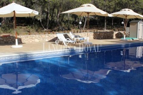 Alicante. Hotel con encanto en venta. Alto Vinalopó. Sierra Mariola.