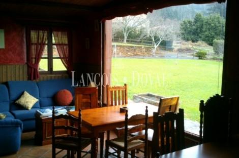 Cariño. Hospedería hotel casa rural en venta. Valle Landoy. A Coruña.