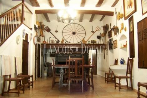 Yecla. Murcia. Finca agrícola y ganadera en venta con caserío ideal actividad turística.
