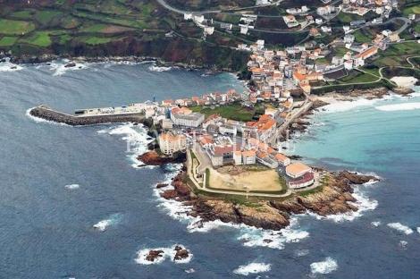 Caión. A Laracha. Venta casa a rehabilitar en el puerto. A Coruña.