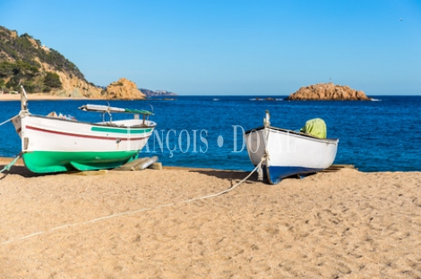 Solar Hotelero en venta primera línea de Playa. Costa brava. Girona.