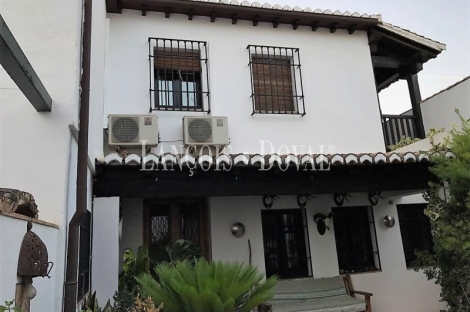 Albaicín de Granada. Carmen en venta. Ideal alojamiento turístico.