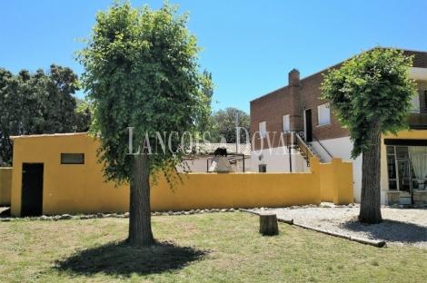 Guadalajara. Durón. Finca en venta ideal casa o alojamiento rural y eventos.