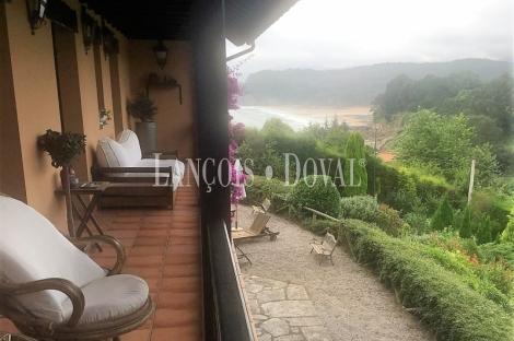 Lastres. Casona asturiana en venta. Playa de Colunga. Asturias.